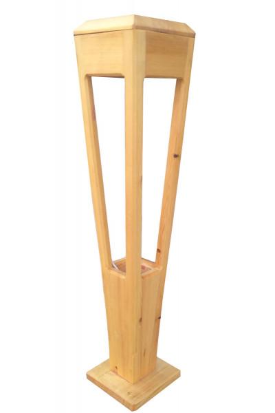 Деревянный садовый светильник